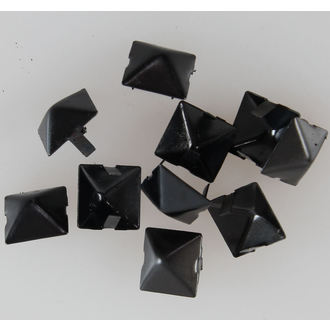 Kovinske piramide ČRNA - 10pcs - CW-076